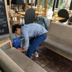 飲食店のソファークリーニング